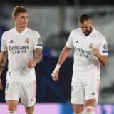 Toni Kroos y benzema - Real Madrid