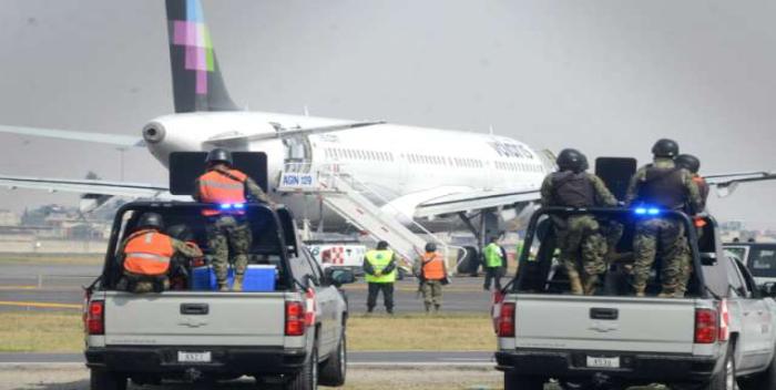 Alerta en el aeropuerto de Santo Domingo por falsa amenaza de bomba -  800Noticias
